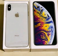 silver iPhone Xs Max with box Warren