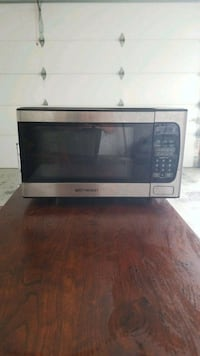 black and gray microwave oven Billings, 65610