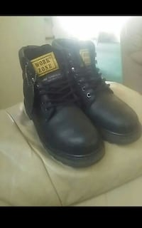 pair of black leather work boots Stockton, 95210