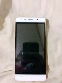 Rose gold Xperia android smartphone Cantonment, 32533