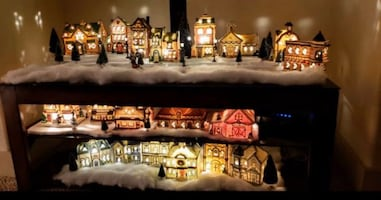 20 Lighted Christmas Villages