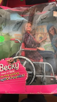 Becky friend of Barbie I'm the School Photographer doll with box