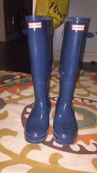 pair of blue rain boots Brampton, L6V 4X6