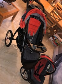 black and red jogging stroller Miami, 33186