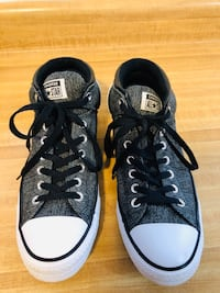 CONVERSE  unisex (pick up only) in excellent condition Alexandria, 22310