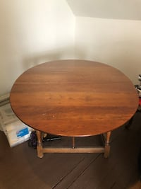 DINING TABLE SOLID CHERRY VERONA