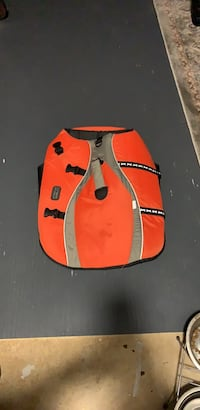 Very nice heavy duty life vest for Labrador, shepherds or large breed