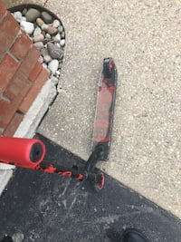 MGP scooter, needs new deck and grips frame is still mint Brantford, N3P 1X7