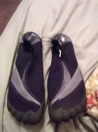 Brand new size 10/11 Mens wet shoes Niceville, 32578