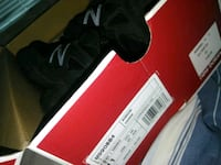 All bkack new balance 990 V4 Jessup, 20794