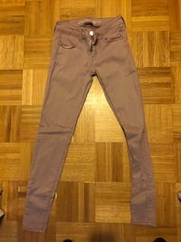 Women jeans/jeggings size 0 and 25 Toronto, M6M 2N1