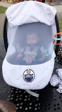 white and black Oilers car seat carrier Edmonton, T5Y 0B2