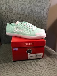 Guess Shoes BNIB size 7 Mississauga, L5L 1K4