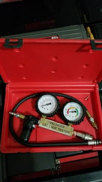 cylinder leakage tester in case Chantilly
