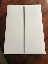 Apple 6th generation iPad space grey with pencil brand new in box Toronto, M1L 2J7