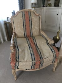 2 Lovely Living Room Accent Chairs Wayne, 07470
