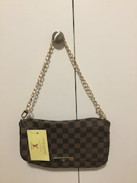 """Brand new bag.Sizes is ,L10,5"""", H 7"""" Vancouver, V6G"""