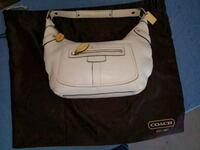 white and black leather crossbody bag Goodyear, 85338