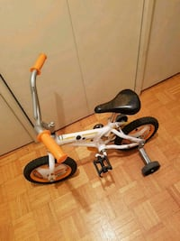 Kids bike with training wheels  Winnipeg, R3L 0H1