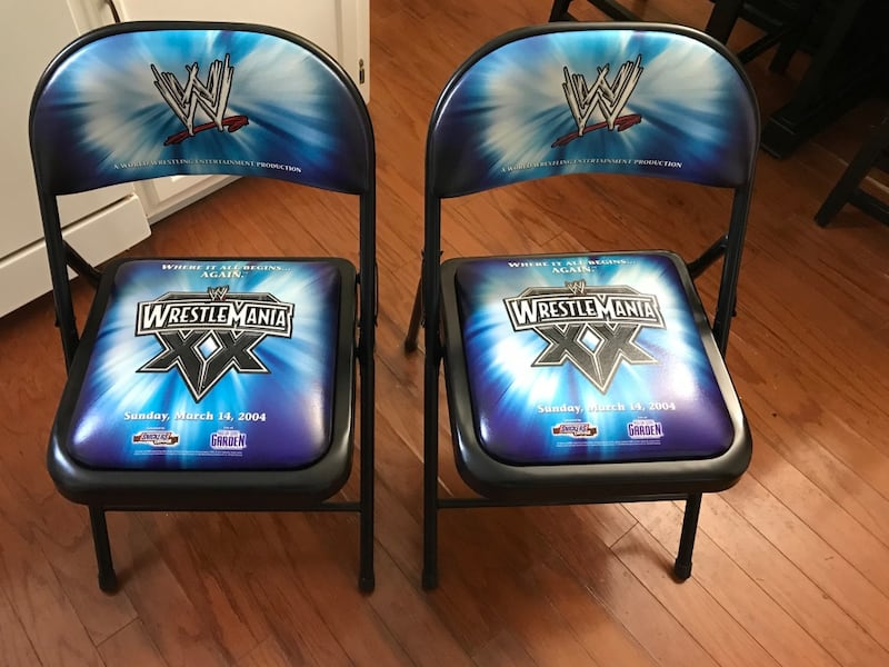 Wwe wrestle mania ringside chairs 6ec5b3f5-f8fe-4ad6-8b07-47379641f09a
