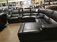 Reclining sectional with Chaise. Brand new. Garland