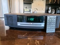 Bose radio wave with CD player and remote  Oakdale, 11769