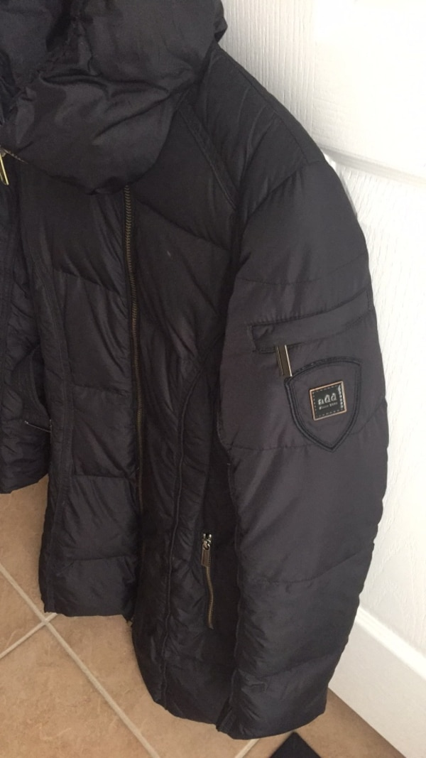 ADD down jacket - US size 2  00ad73be-9355-4ab8-867d-1ccc2ec5ae90