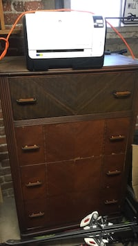 Dresser in great condition, need to get rid of due to moving.  Denver, 80210