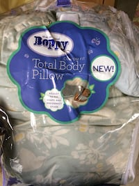 Boppy Total Body Pregnancy Pillow Chantilly
