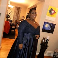 Plus size navy blue gown Baltimore, 21213