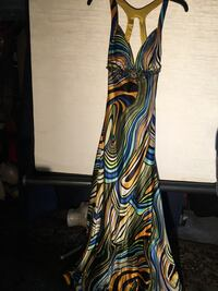 Beautiful long dress size 2 made by Faypana Coutur Mount Airy, 21771
