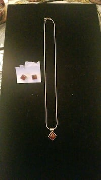 Sterling silver and Amber necklace and earrings Hyattsville, 20784
