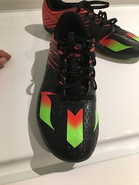 Adidas Messi soccer cleats size 5 Toronto, M5N 1H2