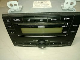 01 Mazda MPV Radio / CD. May fit other years before or After 2001