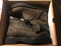 pair of black leather work boots in box Mount Airy, 21771