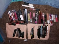 assorted-color makeup brush lot Watsonville, 95076