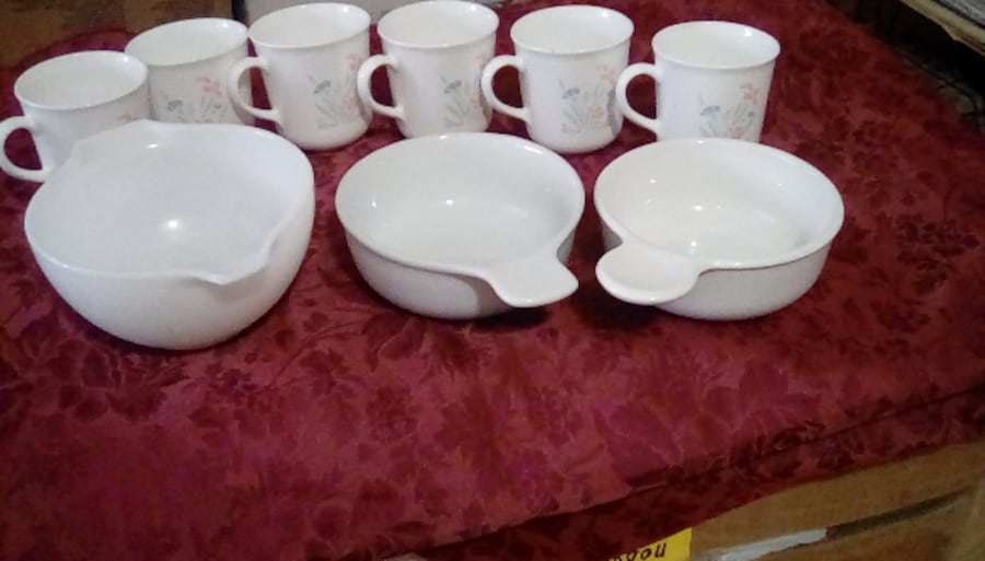 microwave safe mugs and   2 bowls d87aa63e-8b37-4c8f-a639-8d2bc033d40c