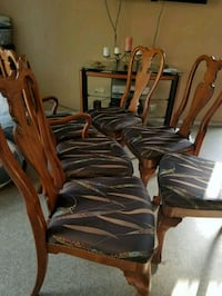 brown wooden framed padded armchair lot Santa Ana, 92703