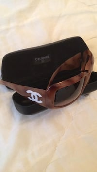 Chanel asunglasses with Case Mother of Pearl  San Francisco, 94118