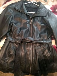 Med Womens 100% Leather BLK coat Sioux Falls, 57104