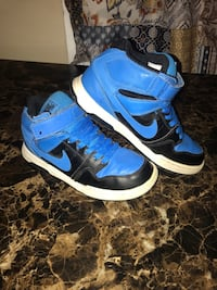 Nike's size3 in good used condition Palmdale, 93550