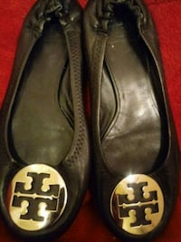 pair of black leather flats Glendale, 85301