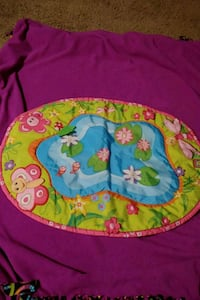 Baby Play mat lots of bright colors 2337 mi