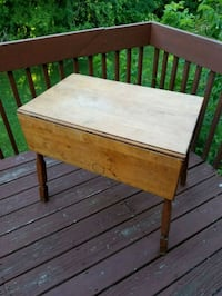 Side folding kitchen table New Milford, 06776
