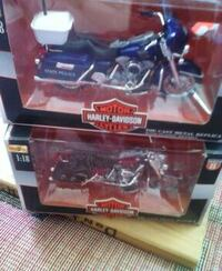 blue and red Harley-Davidson motorcycle scale models in boxes York, 17404
