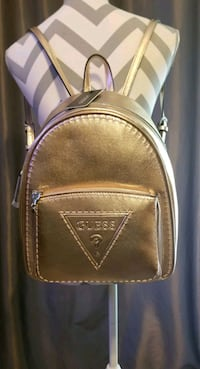 NEW-Guess Rose gold Baldwin backpack w/G logo Maple Valley, 98038