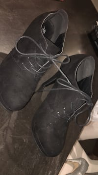 Black booties  Whitby, L1P 1H1