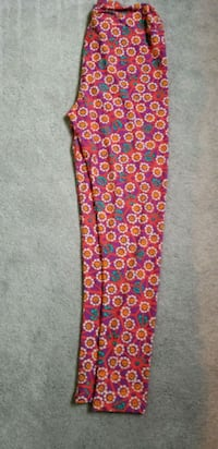 Brand New LULAROE TC LEGGINGS Washington, 15301