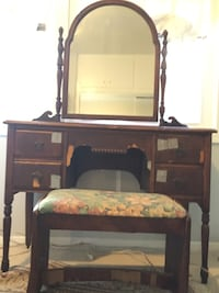 Antique vanity mirror dresser  South Pasadena, 91030