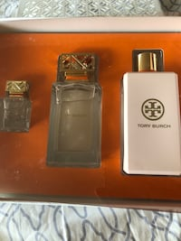 Tory Burch set still new never used Elizabeth, 07208